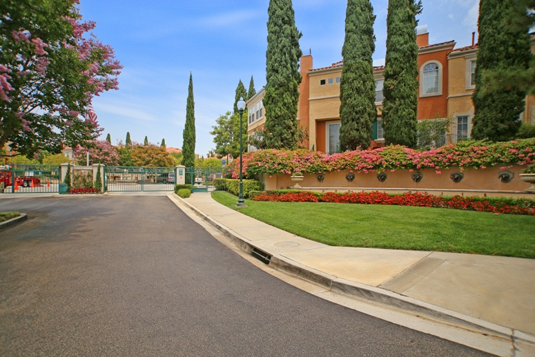 Corte Bella Homes and Condos For Sale in Irvine | Irvine Real Estate