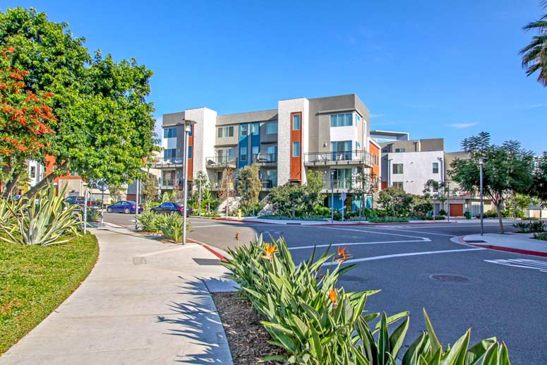 Manhattans Condos For Sale in Irvine, California